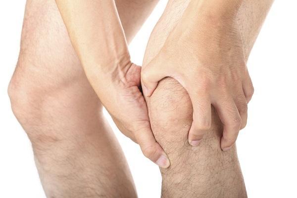 umflarea articulațiilor extremităților inferioare