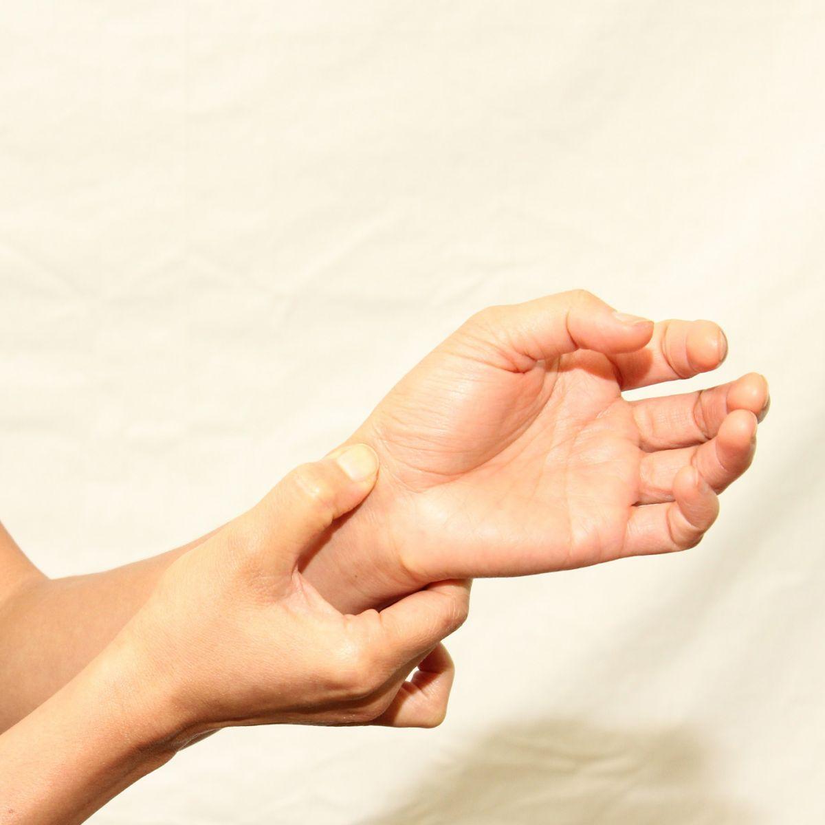 artroza carpică carpală de 1 deget