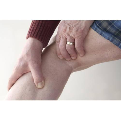 suprafața genunchiului doare
