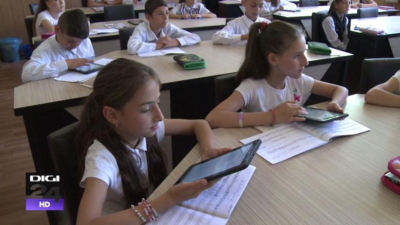 Cele mai întâlnite probleme de dicție în România – Lecţia de dicţie