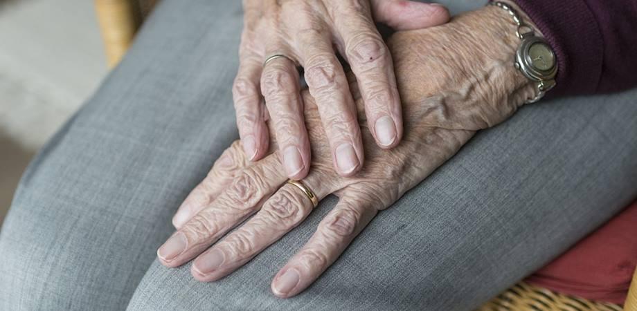 dureri de șold în tratamentul osteoporozei