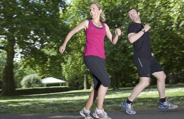 de ce durează genunchii atunci când aleargă