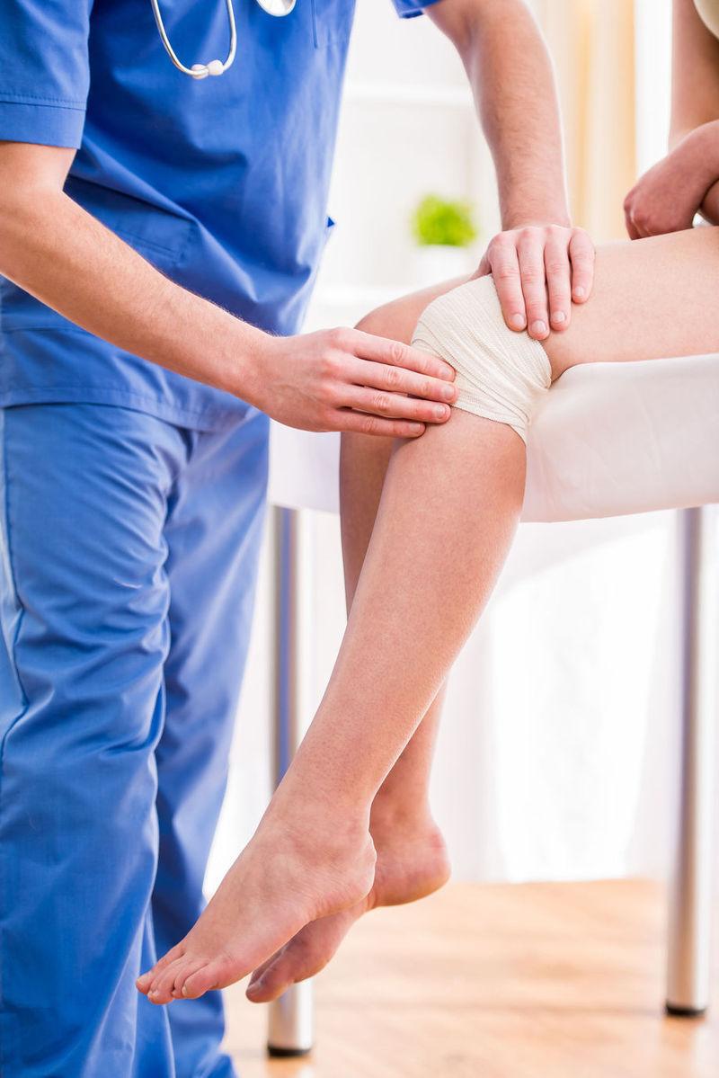 dureri de genunchi când mă ridic