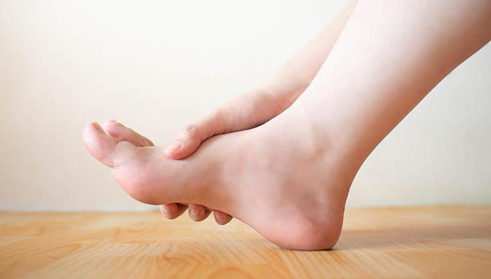 crește pe articulațiile tratamentului piciorului