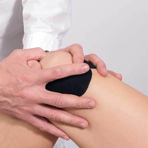 durere și clicuri în articulația genunchiului