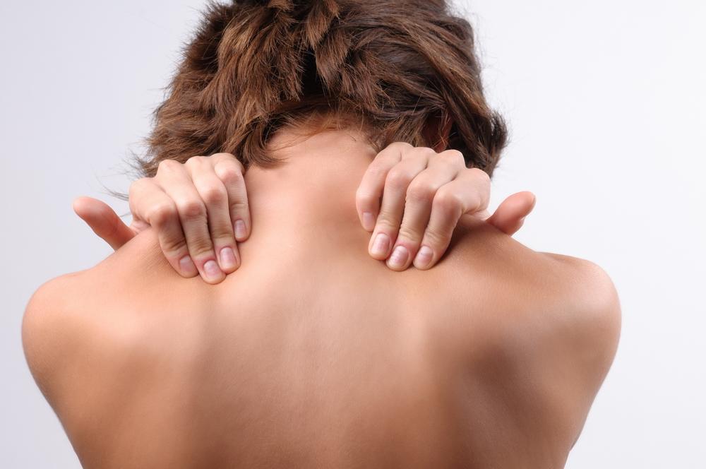 dureri de gât și umeri articulația bolii de genunchi se crispa sever